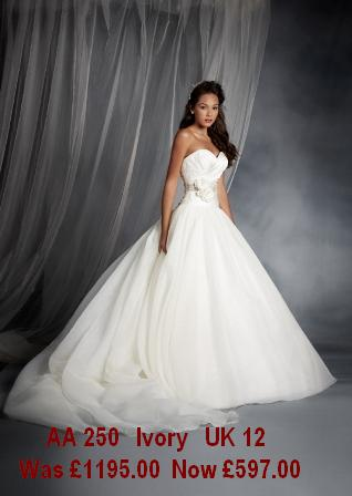 Clearance Wedding Gowns